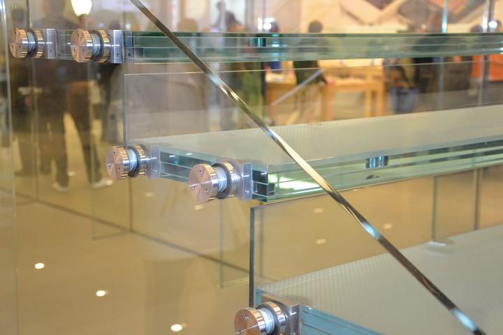 Rhône-alpes Glass vitrerie et miroiterie aménagements intérieurs escaliers