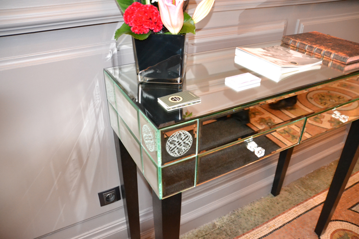Rhône-alpes Glass vitrerie et miroiterie aménagements intérieurs mobilier verre