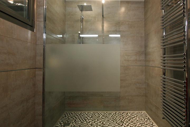 Rhône-alpes Glass vitrerie et miroiterie aménagements intérieurs pare-douche